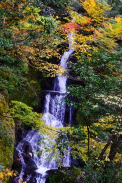 Umenoki-Todoro waterfall Autumn