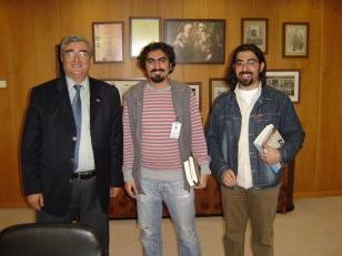 Mustafa Yurtkuran mülakatı sonrası anı fotoğrafımız. Soldan sağa Mustafa Yurtkuran, Gökhan Dağ, EMRAH ÖZDEMİR