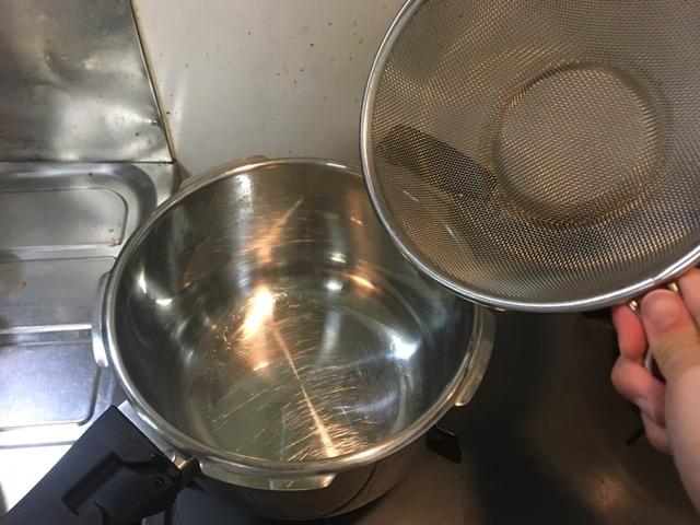 さつまいも圧力鍋の蒸し器がない時