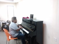 The student who played us his melodic tune