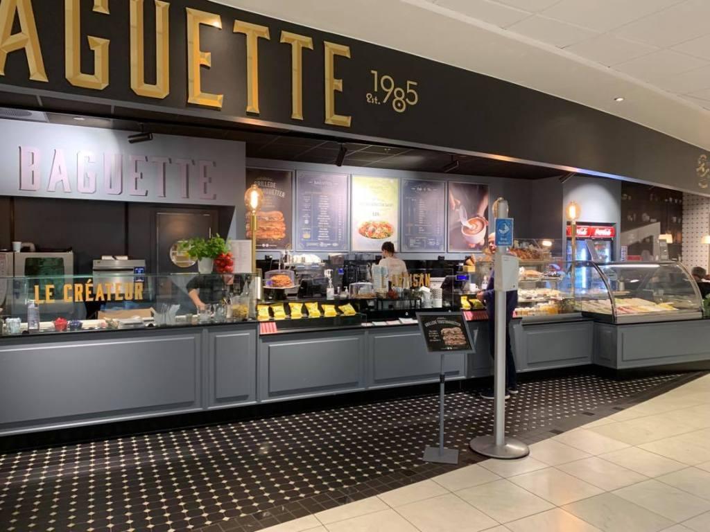 Cafedisken til La Baguette på Hvaltorvet.