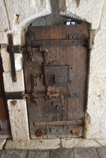 A door in the dungeons of the palace