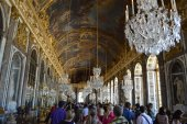 The hall of mirrors in the Louvre