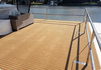 Marine Carpet Houseboat