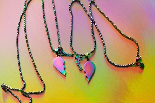 Metallic Friendship Necklaces | Golden Blue