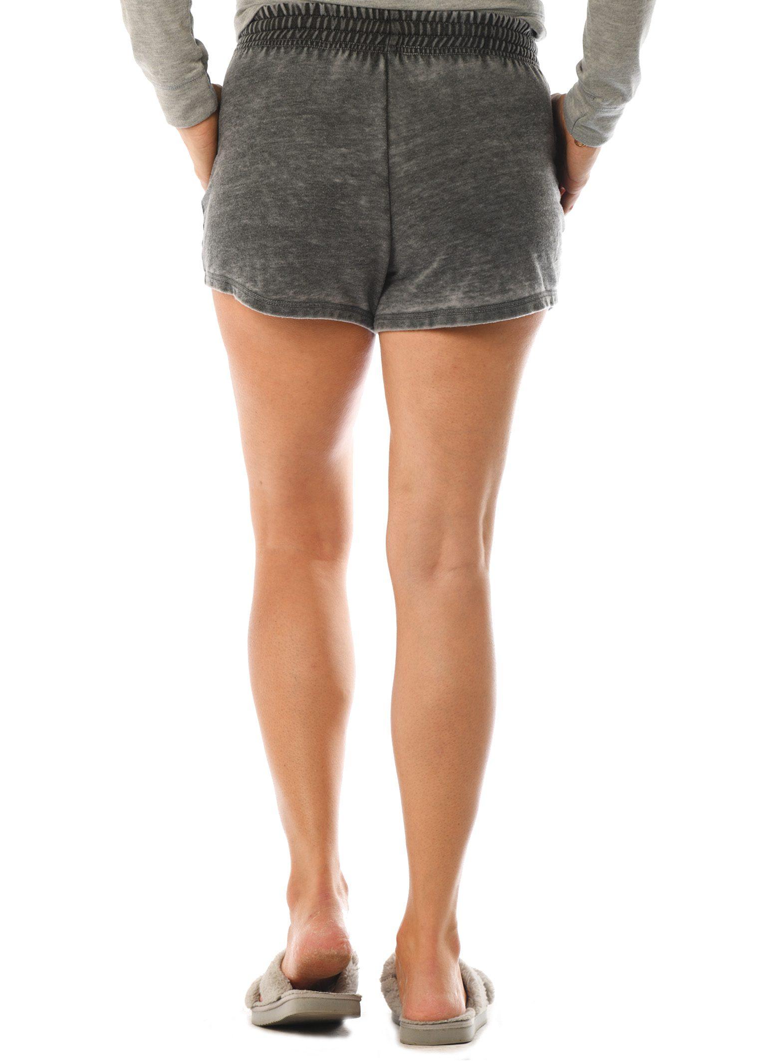 GG 362-B M Women's Worn Wash Shorts Back