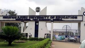Rivers undergraduate gets scholarship, N200,000 for returning lecturer's lost phone