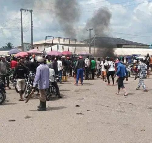 A Bike Man has been Shot Dead By Policeman Over Alleged N100 Bribe In Warri