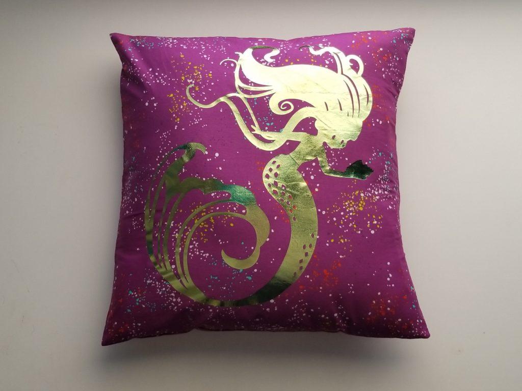 heat transfer vinyl on free pillow pattern
