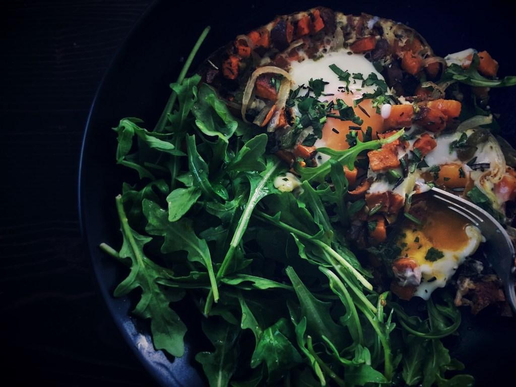 sweet potato, eggs, breakfast, paleo, low carb, lchf, healthy, salad, hash, recipe, whole30