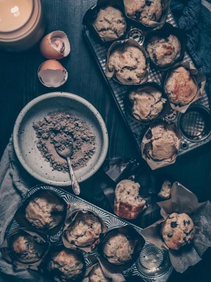 cardamom, muffins, banana, baking, chocolate, holiday, season, recipe, walnuts