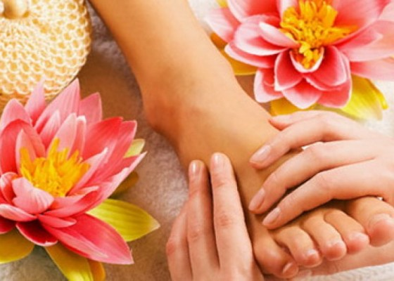 FOOT MASSAGE AT GOLDEN TOUCH PATONG 2
