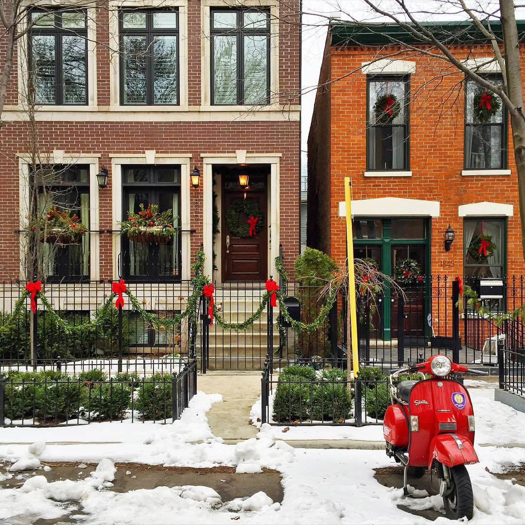 Christmas Decorations Lincoln Park Chicago