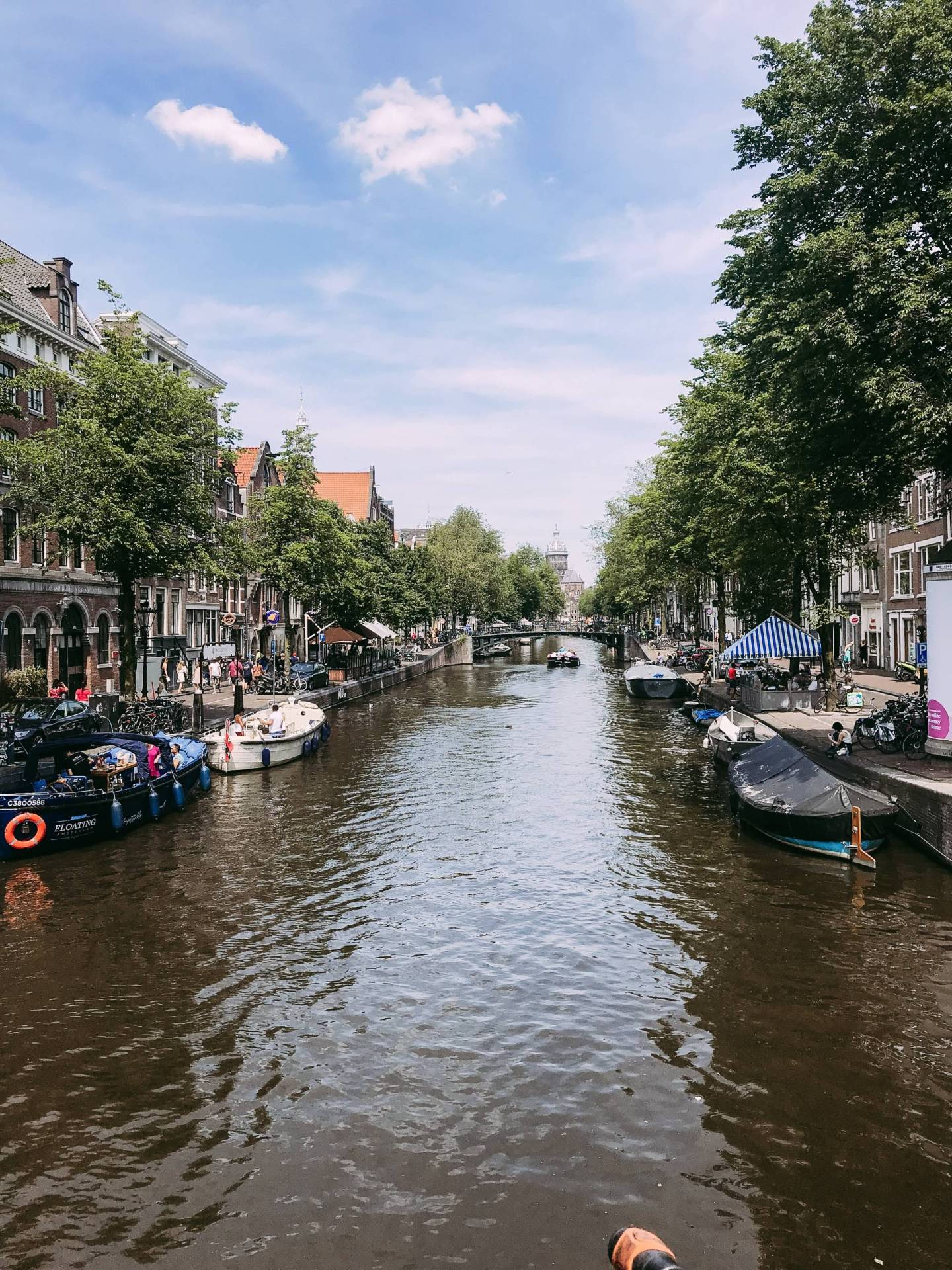 Oh Amsterdam, your stunning canal houses and twisting canals stole my heart! Click through for everything we did, where we ate, and the hotel we loved so much during our visit!