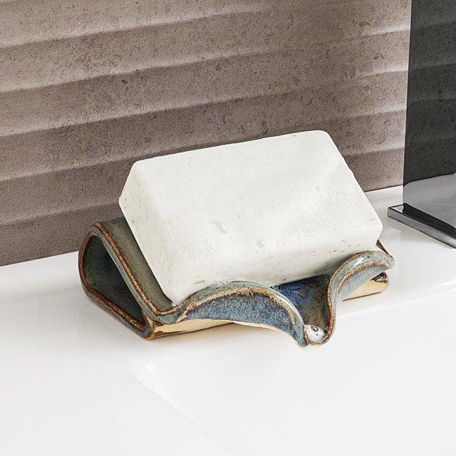 Ceramic Self-Draining Soap Dish - Eco-Friendly Gifts | Low Waste Gift Ideas | Goldilocks Effect