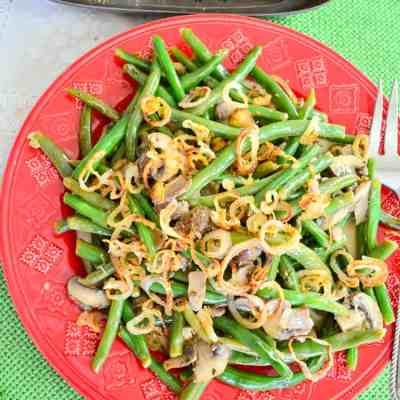 Green Beans and Mushrooms Braised in Cream