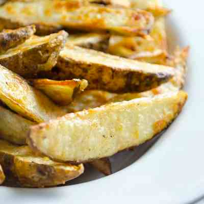 Simple and Delicious Oven Baked Fries