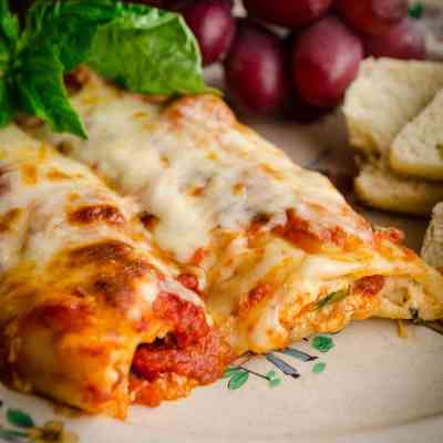 Meatless Monday Cheese Stuffed Manicotti