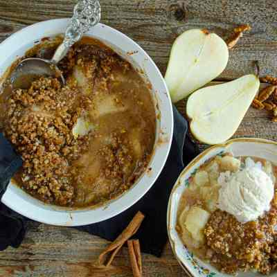 Holiday Ginger-Pear Crisp is My New Favorite Dessert