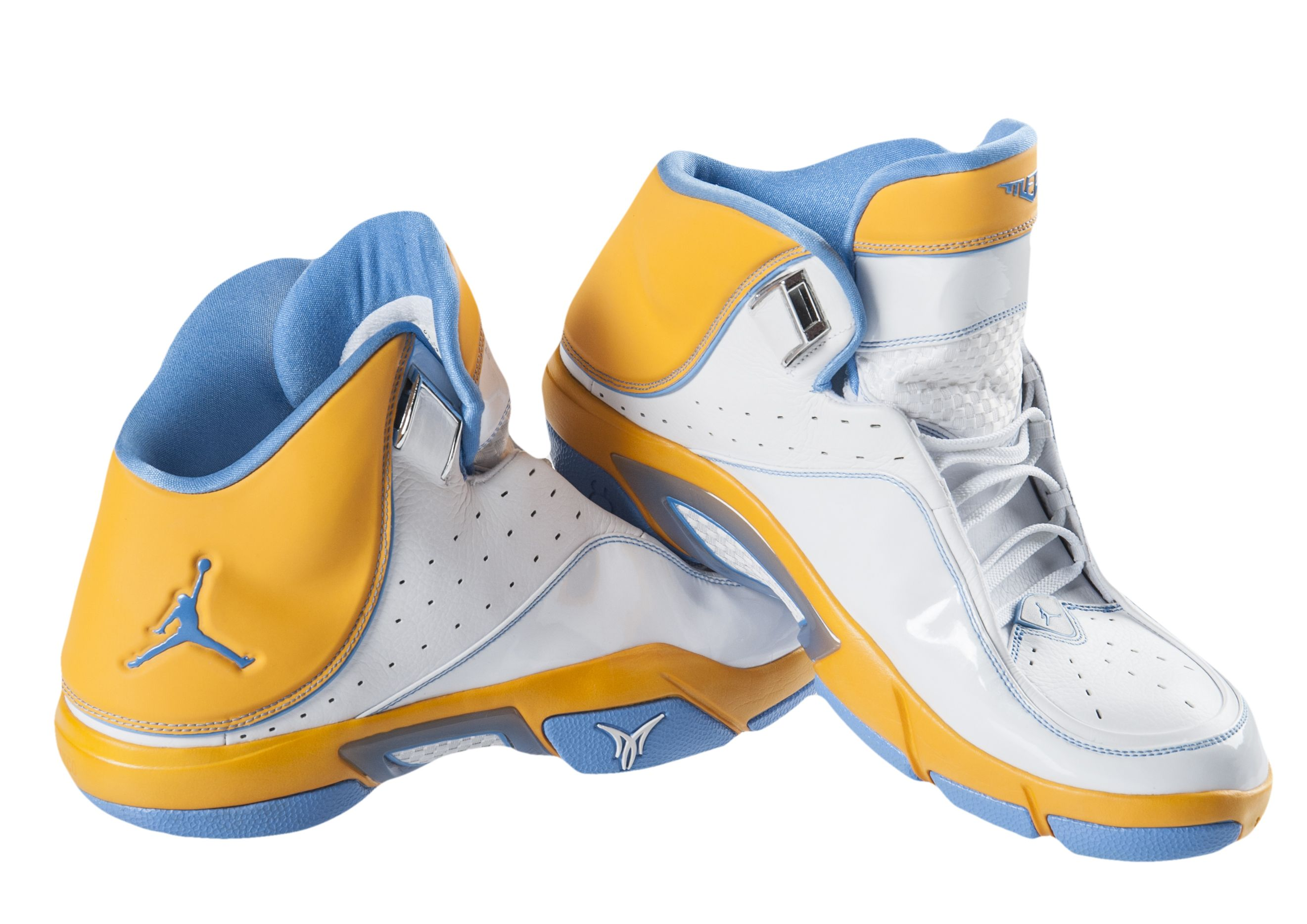 Nike High Top Light Shoes