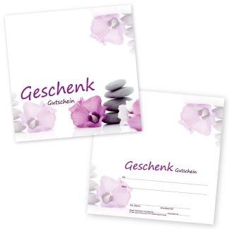 Der Gutschein mit violettem Blüten- und Steinmotiv wird eingesetzt im Beautybereich für Kosmetik, Massagen, Gesichts- und Körperbehandlungen, Hand- und Fußpflege, Maniküre und Pediküre.