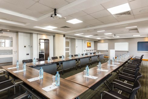 The-Slate-Meeting-Room-Corner-of-Riverside-Drive-and-Riverside-Grove-3