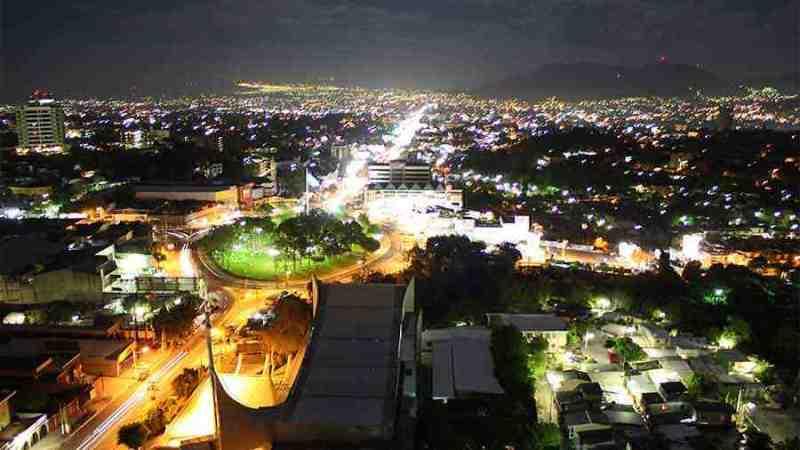 Banco Mundial estima que la economía salvadoreña creció