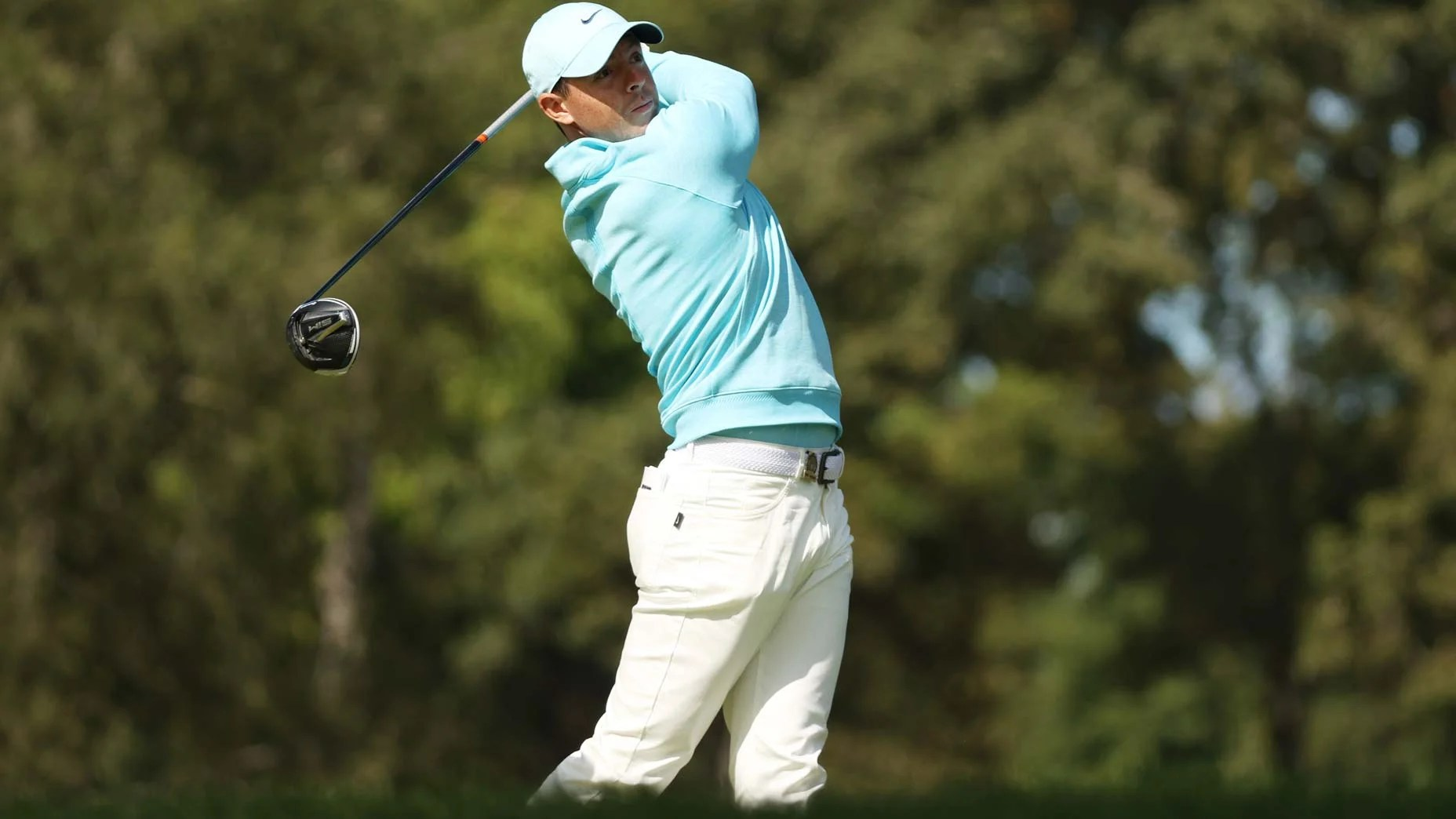 rory mcilroy hits driver