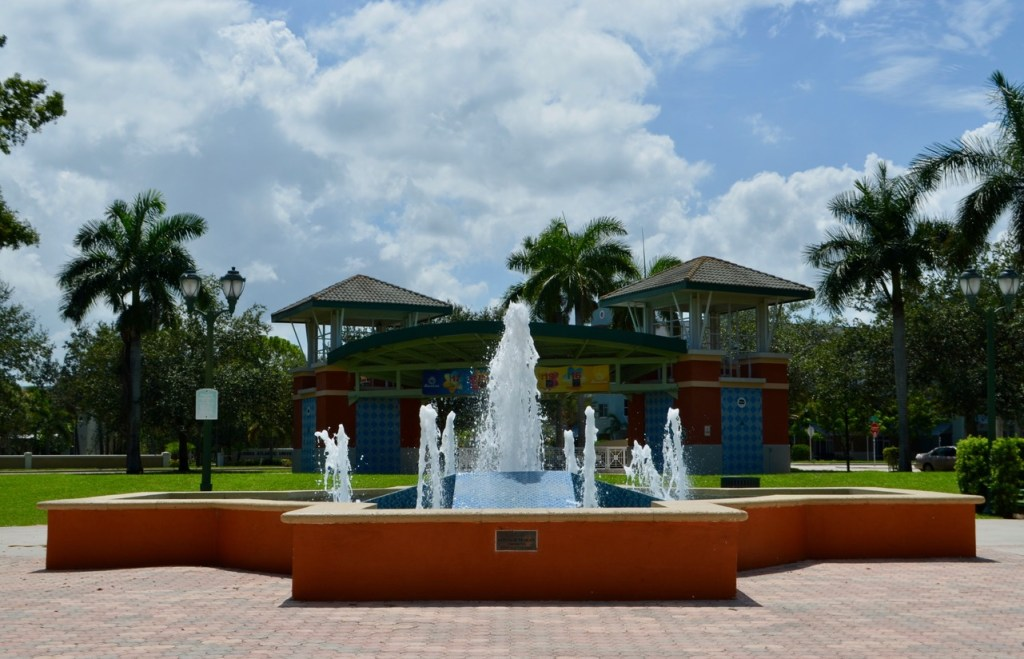 Abacoa Jupiter Florida fountain and amphitheater
