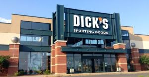 Dick's Sporting Goods Buys GolfSmith