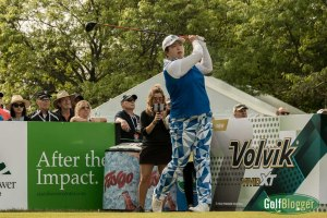Shanshan Feng tees off at the start of the final round of the 2017 LPGA Volvik Championship.