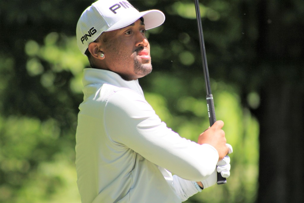 Grand Blanc's Willie Mack Clubs The Bear, Takes Lead at Michigan Open