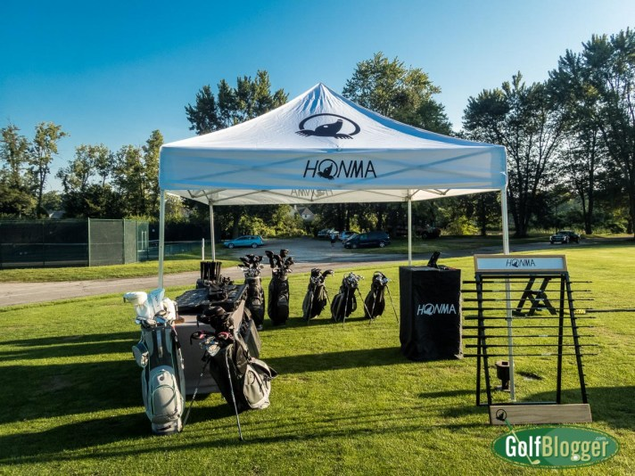 A Honma Mobile Experience Club Fitting