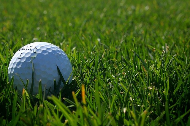 perfect your stroke with these golf tips 1 - Perfect Your Stroke With These Golf Tips