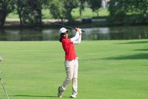 Vani Kapoor shot 70 in the first round at Jaipur