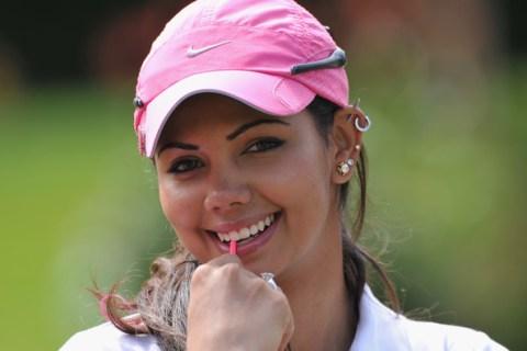 Sharmila Nicollet shot 72 in the second round
