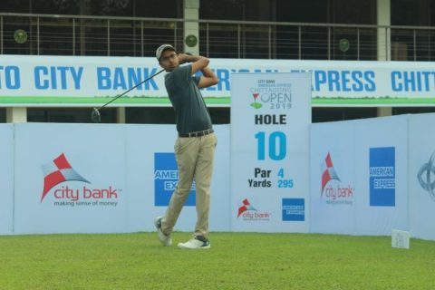 Yashas Chandra during the first round of the Chittagong Open