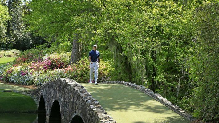 Tiger Woods at the Amen Corner - Masters 2019