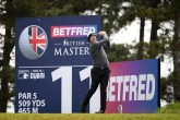 Matt Wallace edges into rd 2 of British Masters Lead