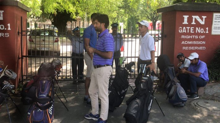 Rashid Khan and fellow Caddie Professionals stuck at the gates of Delhi Golf Club