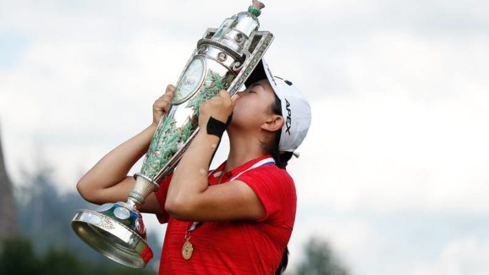 With the victory, Rose Zhang, 17, becomes the 10th player since 2000 to win the U.S. Women's Amateur before her 18th birthday. (Chris Keane - USGA)