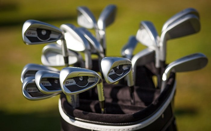 buying-golf-iron-for-teenager