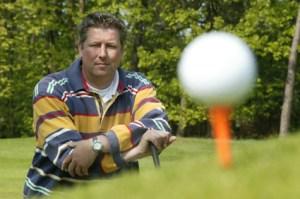 gutgelaunte Golfspieler
