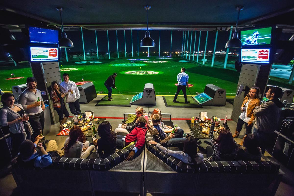 Young Alumni at Top Golf