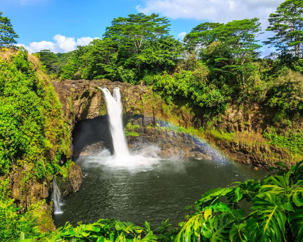 hilo-waterfall-big-island-hawaii