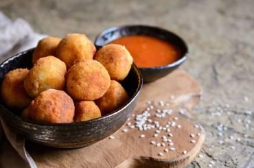 qifqi-albanian-rice-balls
