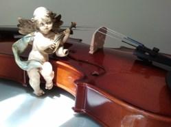 "© Golnaran, ""Violin and the Angel"", Resized, original size: 2560×1920 pix, 2014."