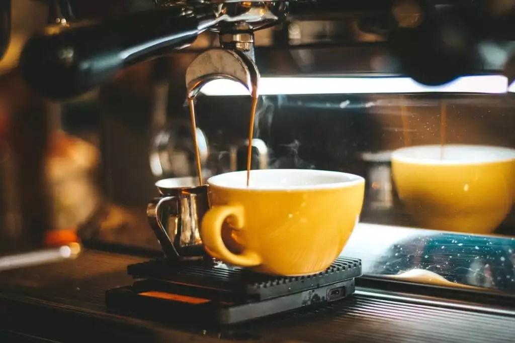 افضل طريقة لعمل القهوة الاسبريسو في ماكينة ديلونجي
