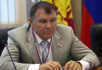 Александр Ремезков — один из самых богатых депутатов Госдумы, входивший в ближайшее окружение экс-губернатора Кубани и министра сельского хозяйства Александра Ткачева