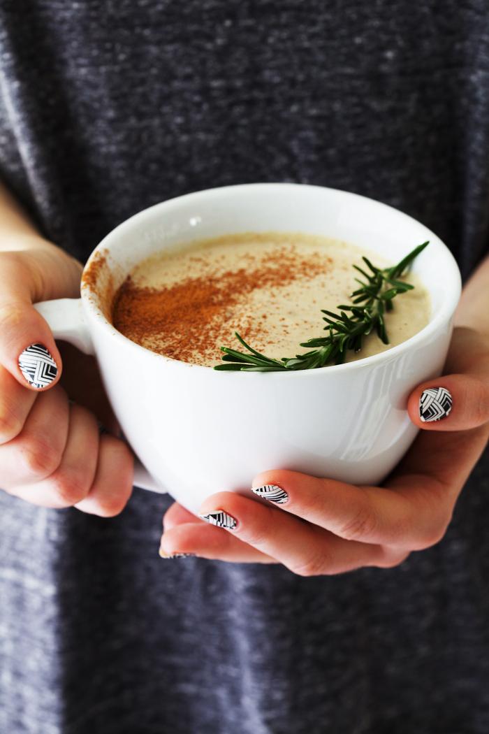 rosemary white hot chocolate milkshake with green tea